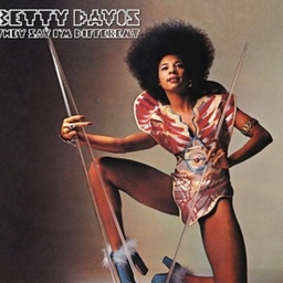 [LITA027LP-2] Betty Davis, They Say Im Different (COLOR)